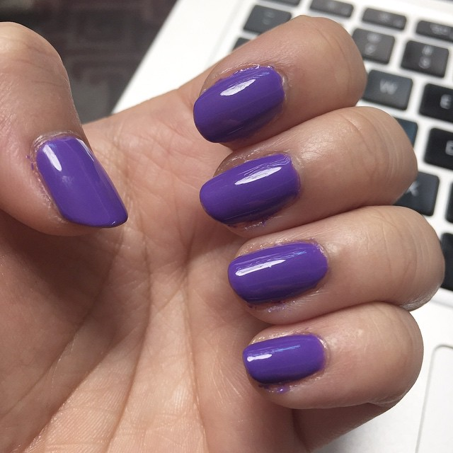 Just did my own nails in an airport, because why not.
