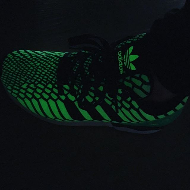 Hell yeah glow in the dark ZX Flux Xenos