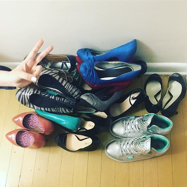 When @jennmoneydollars helps you get rid of more than a dozen pairs of mediocre shoes ️
