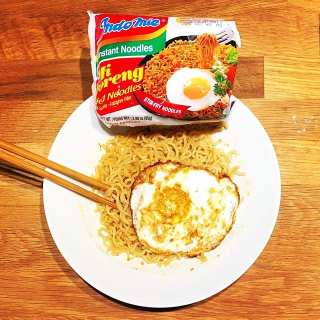 Today's instant noodles: Indomie Mi Goreng with a fried egg