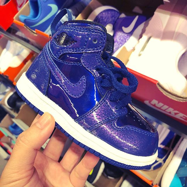 Why do kid shoes come in the best colorways?
