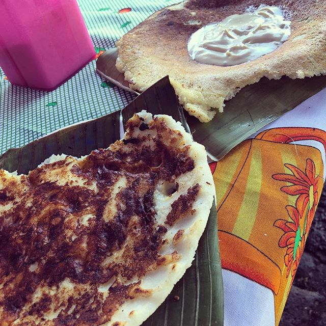 Tortilla de queso and a chorreada to start the weekend right