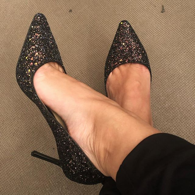 Can't forget to post the shoes when I actually dress up. #sotd #jimmychoo #glitter