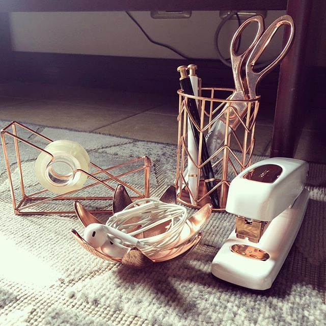 If there such a thing as too much copper on my desk, I don't want to know.