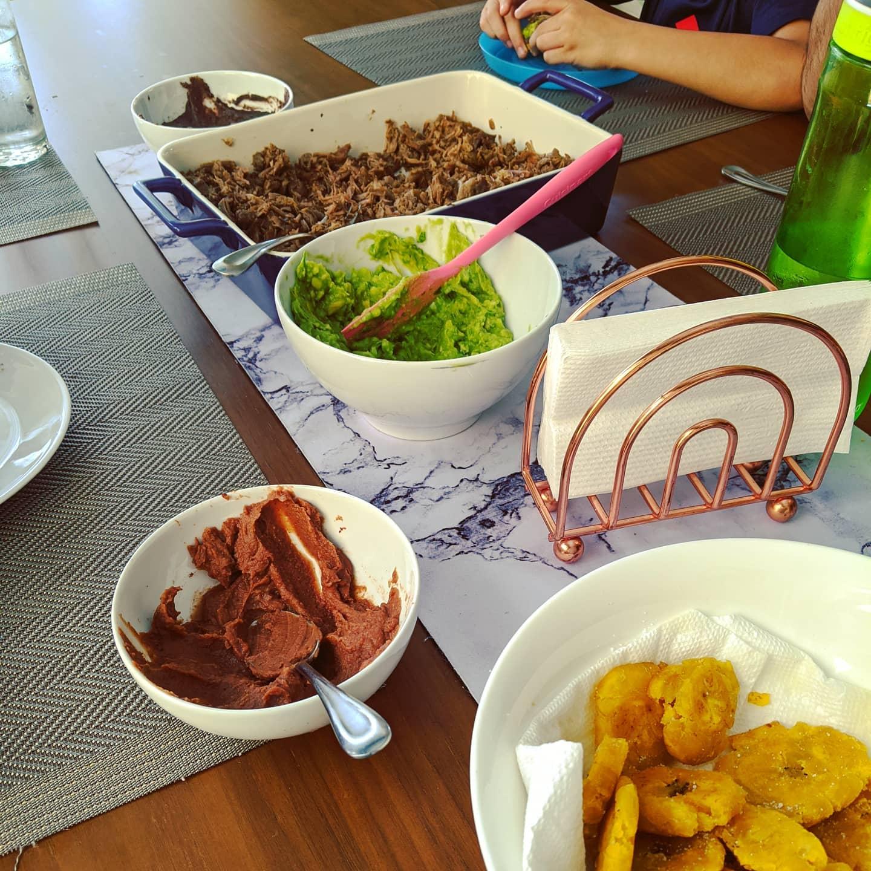 Quarantine meal 8: patacones con frijoles molidos, guac, y barbacoa.